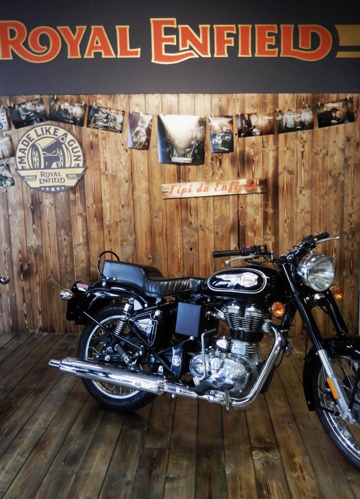 moruzzi-moto-allestimento-royal-enfield-wonderland-piacenza-2