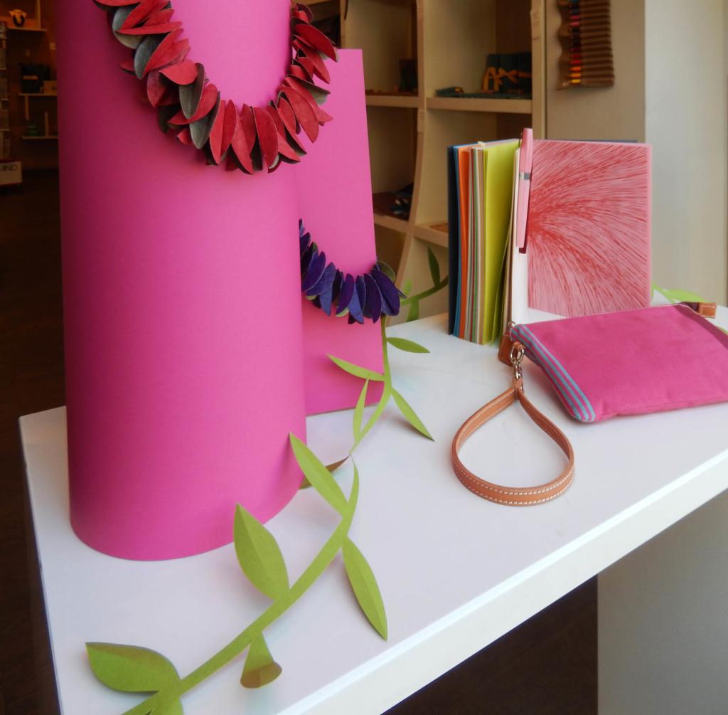 wonderland-allestimento-vetrine-fabriano-boutique-fiori