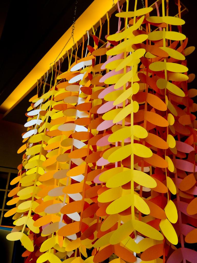 wonderland-fabriano-vetrine-paper-art-estate