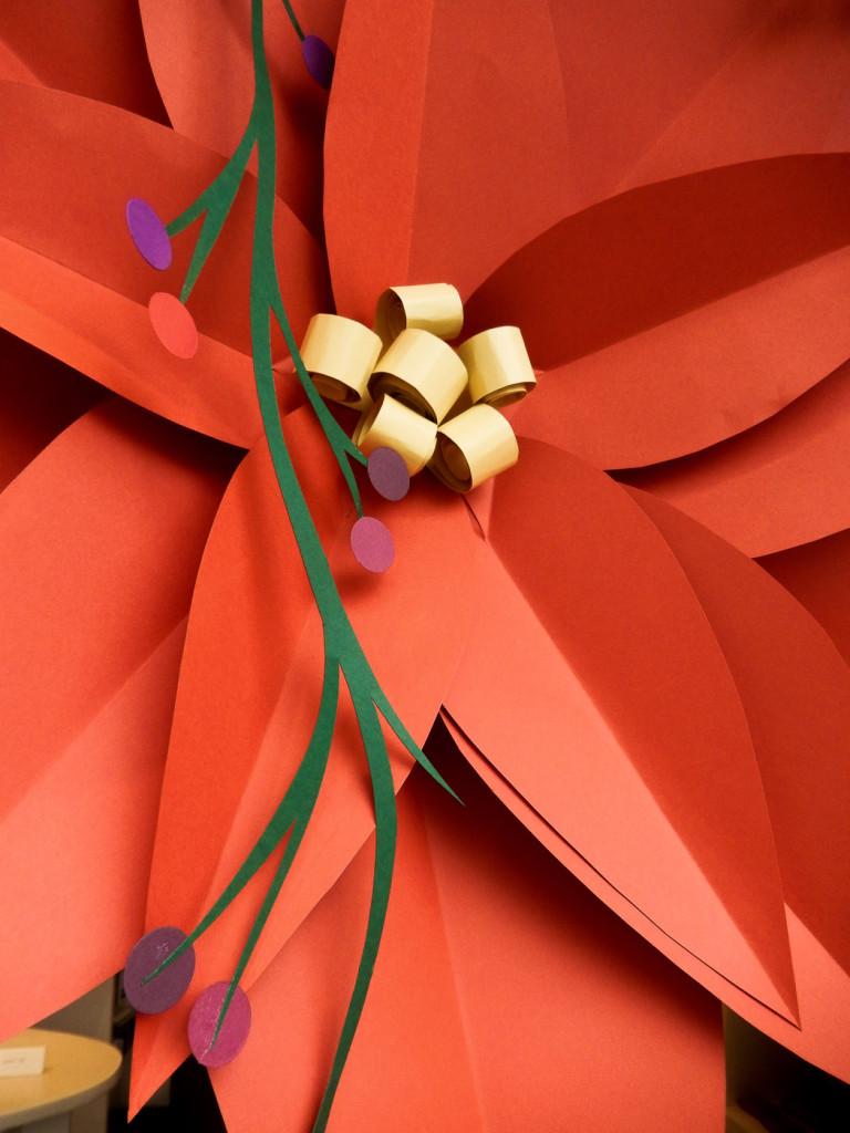 fiori-carte-sculture-vetrine-fabriano-wonderland-9
