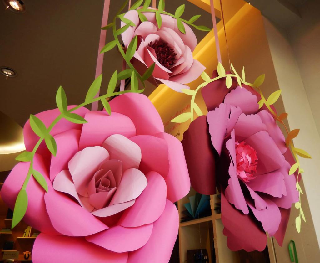 wonderland-allestimento-vetrine-negozi-fabriano-fiori