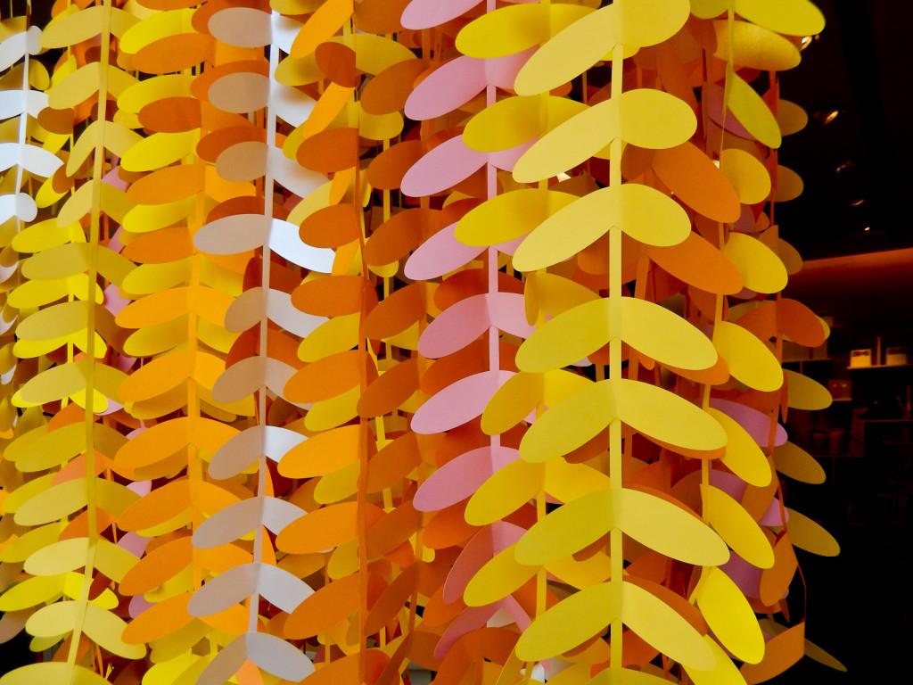 wonderland-fabriano-vetrine-paperart