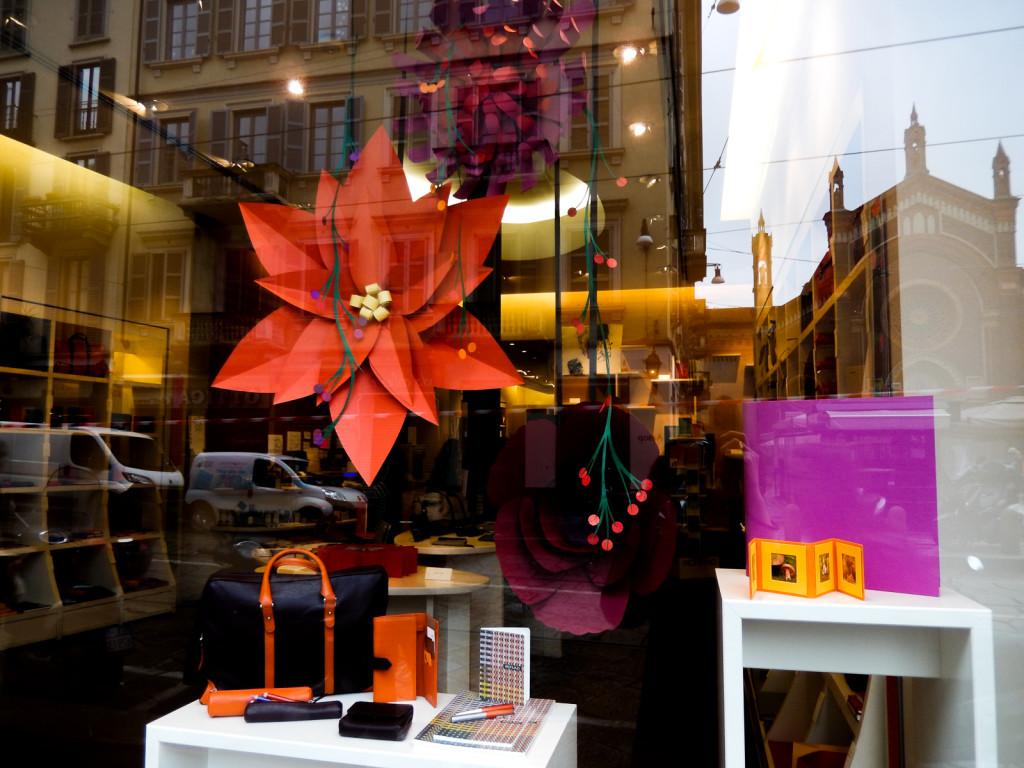 fiori-carte-sculture-vetrine-fabriano-wonderland-15