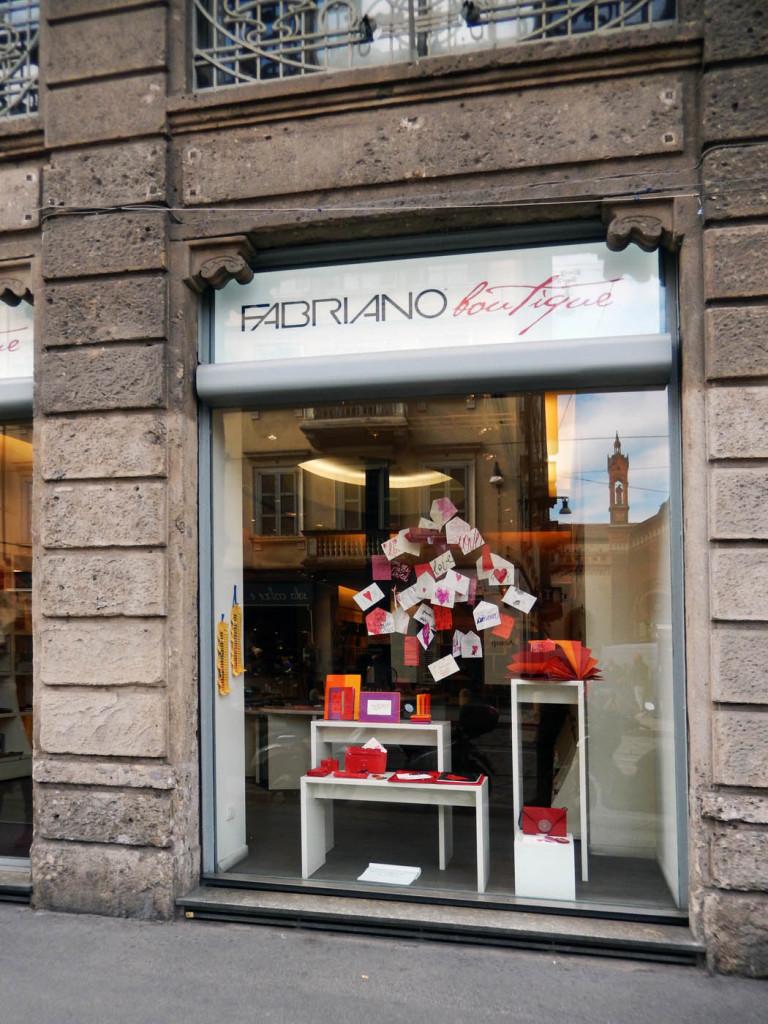 san-valentino-fabriano-amore-wonderland-vetrine-16
