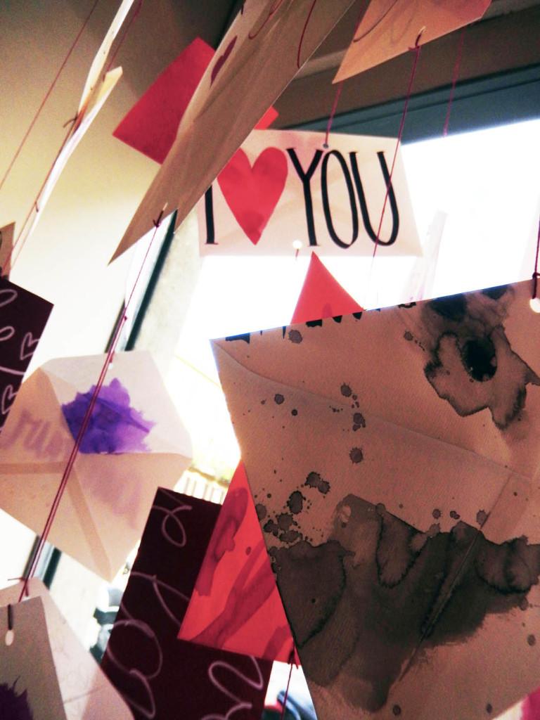 san-valentino-fabriano-wonderland-paper-art